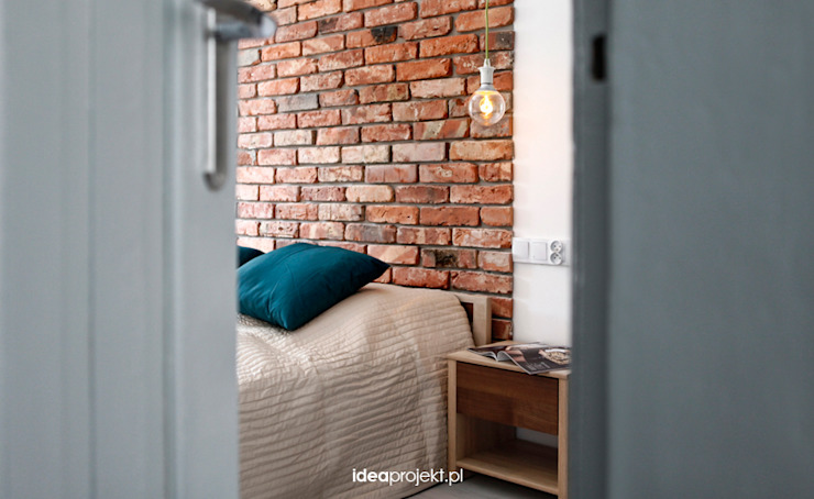 Eclectic style bedroom by idea projekt Eclectic Bricks