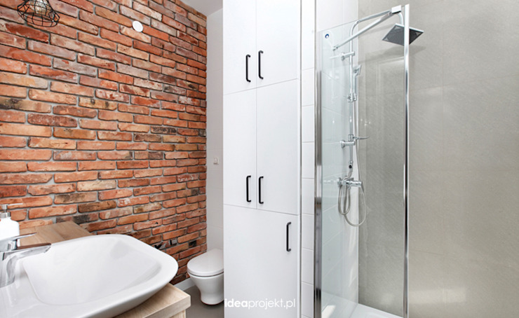 Eclectic style bathroom by idea projekt Eclectic Bricks