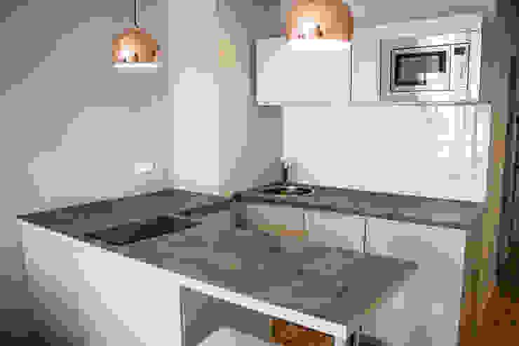 Кухни в . Автор – Blue Interior Design,