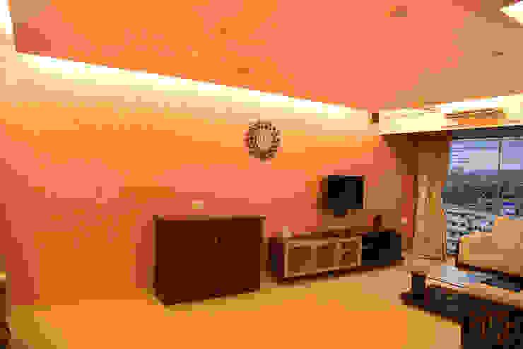 Deshmukh Residence Ornate Projects Minimalist living room