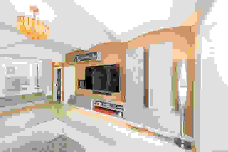 Hampstead London Salas de estilo moderno de 3 Oak Wood Flooring Moderno Derivados de madera Transparente