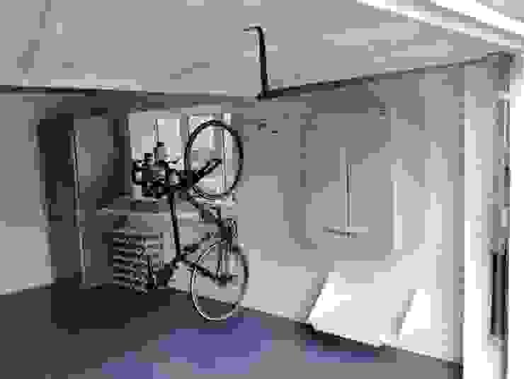 Garage Makeovers at their finest by Garageflex Modern garage/shed by Garageflex Modern