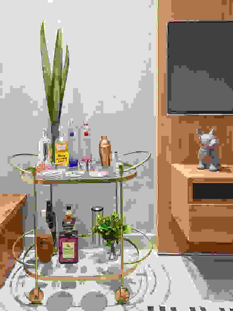 Amis Arquitetura e Decoração Modern wine cellar