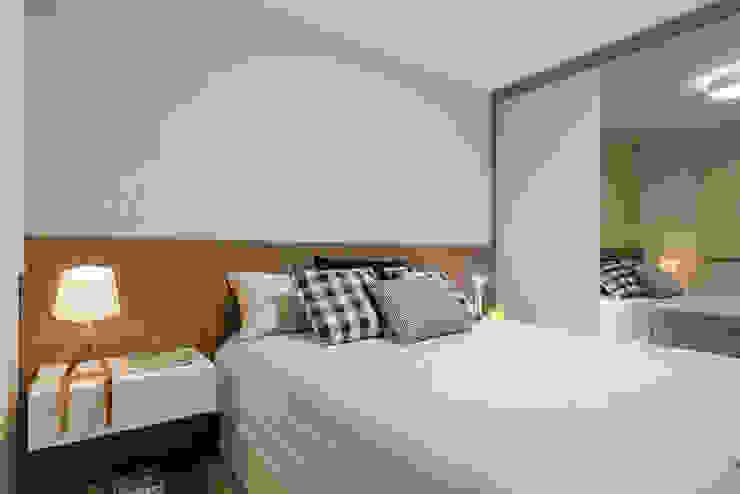 Amis Arquitetura e Decoração Modern style bedroom