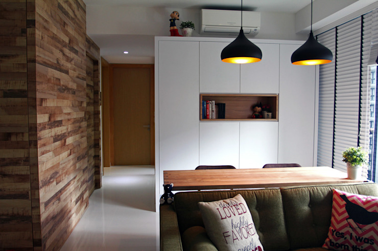 Austville Residence Scandinavian style dining room by Eightytwo Pte Ltd Scandinavian Wood Wood effect