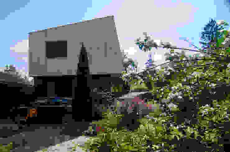 Реконструкция Дачного дома в Пушкино, МО. Minimalist house by baboshin.com Minimalist