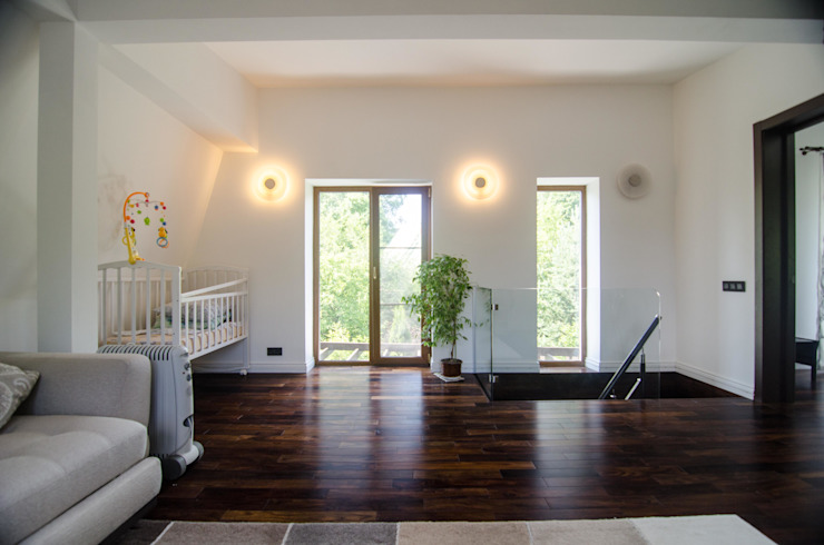 Реконструкция Дачного дома в Пушкино, МО. baboshin.com Living room