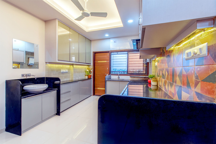 Pimpalgaonkar House Asian style kitchen by homify Asian