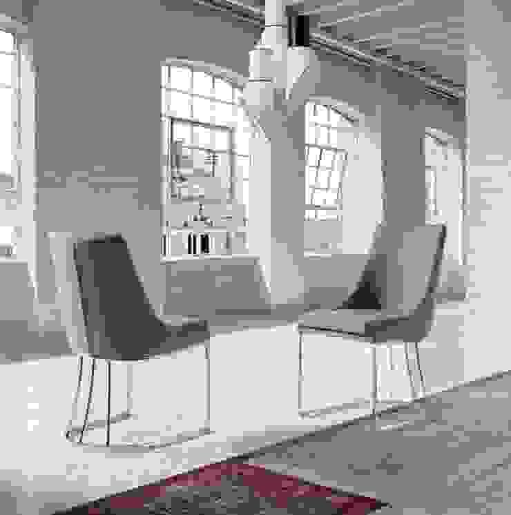 http://intense-mobiliario.com/pt/cadeiras-metalicas/9860-cadeira-diff.html por Intense mobiliário e interiores; Moderno