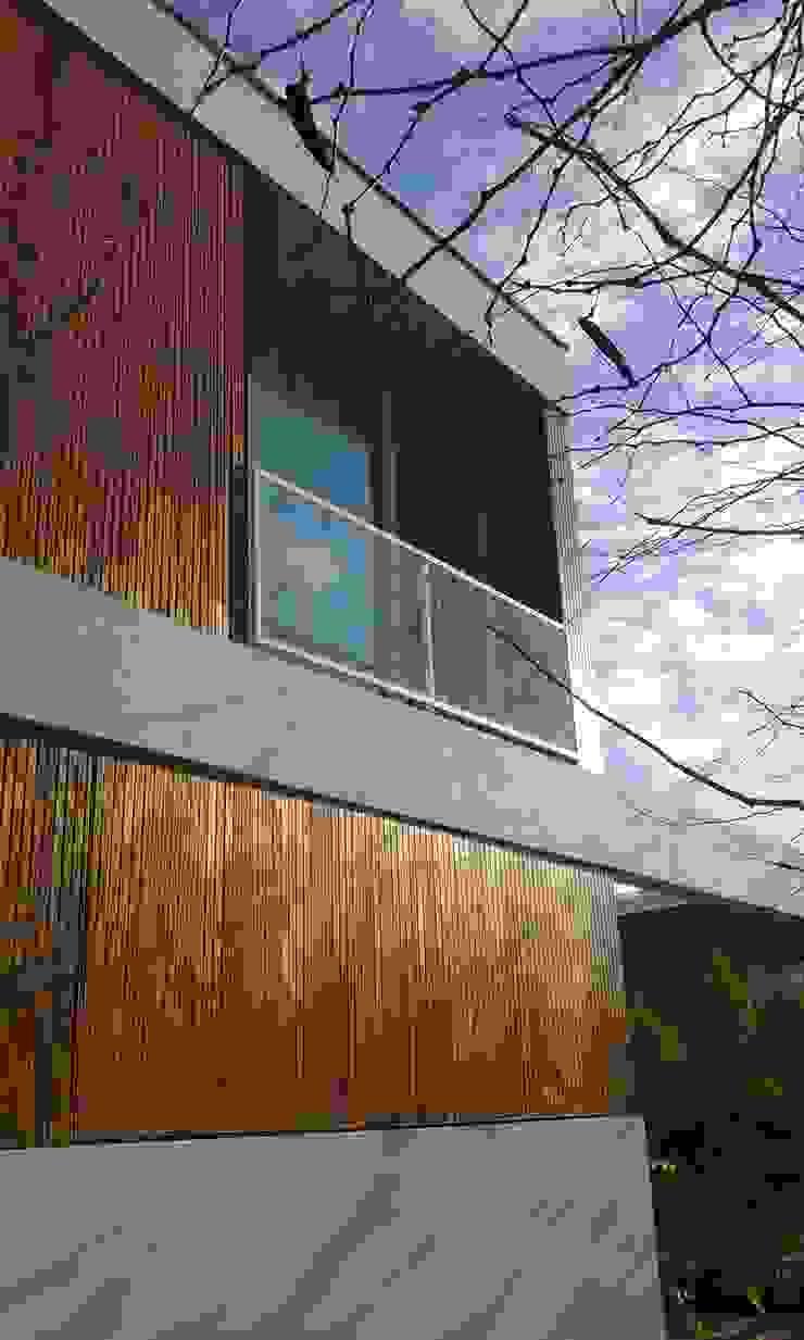Casas modernas por estudio|44 Moderno Madeira Acabamento em madeira