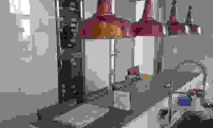 Modern kitchen by estudio|44 Modern