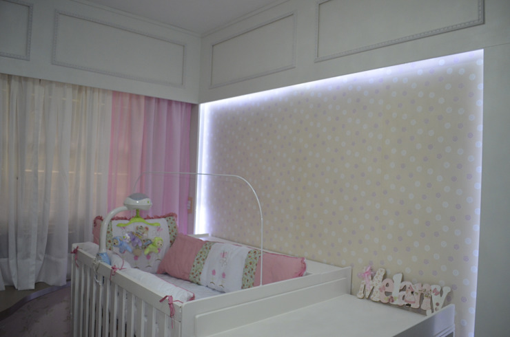 Ésse Arquitetura e Interiores 嬰兒房/兒童房 MDF Pink