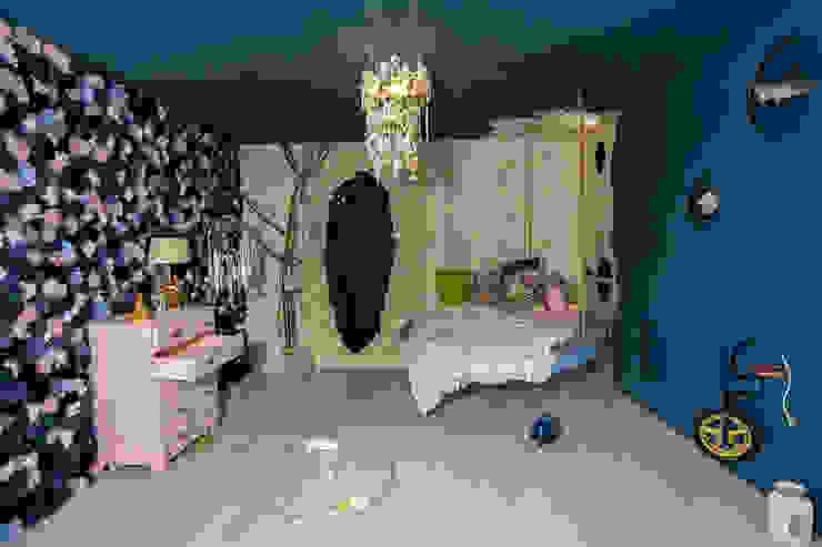 Dormitorios infantiles de Nimeto Utrecht Ecléctico