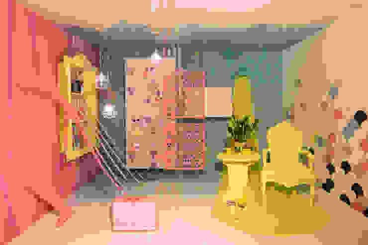 Tropische Wohnzimmer von Nimeto Utrecht Tropisch