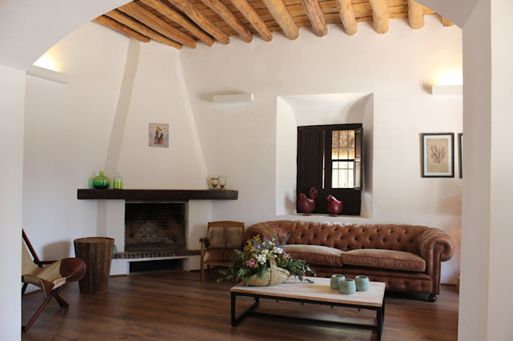 homify Rustic style living room