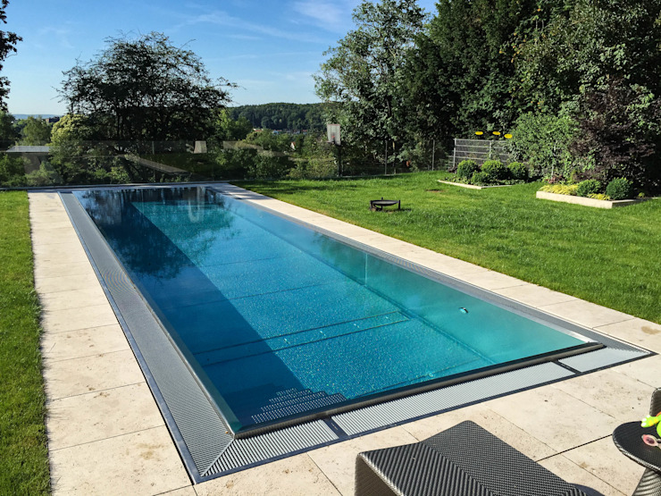Classic Modular Stainless Steel Pool Piscina moderna di London Swimming Pool Company Moderno