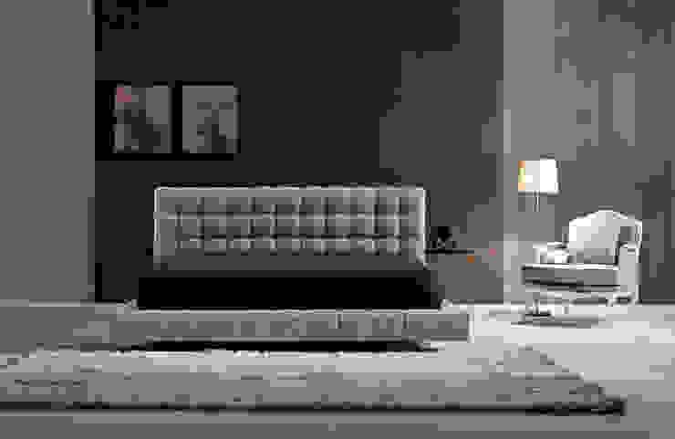 Camas estofadas Upholstered beds www.intense-mobiliario.com MANISA http://intense-mobiliario.com/pt/camas-estofadas/5614-cama-manisa.html por Intense mobiliário e interiores; Moderno