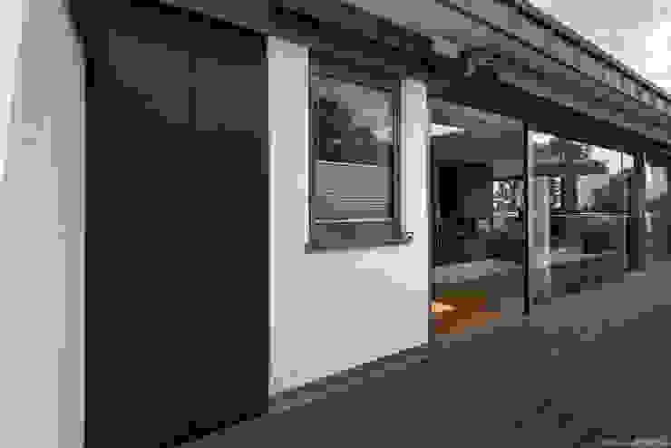 modern  by design@garten - Alfred Hart -  Design Gartenhaus und Balkonschraenke aus Augsburg, Modern Wood-Plastic Composite