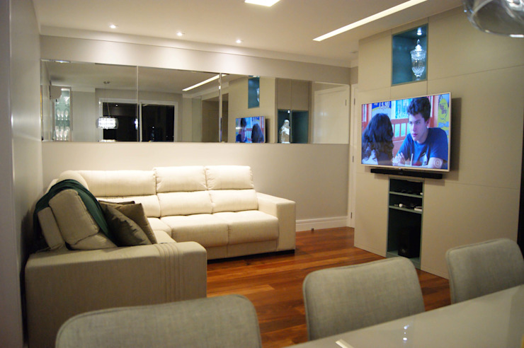 Modern Living Room by Lozí - Projeto e Obra Modern