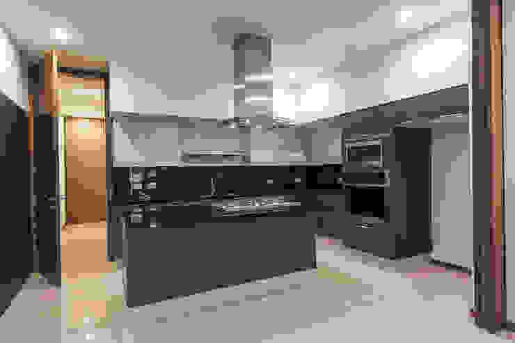 Bosques de Bugambilias Cocinas modernas de 2M Arquitectura Moderno