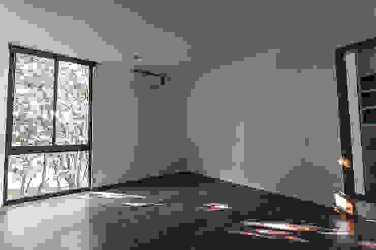 Bosques de Bugambilias Dormitorios minimalistas de 2M Arquitectura Minimalista