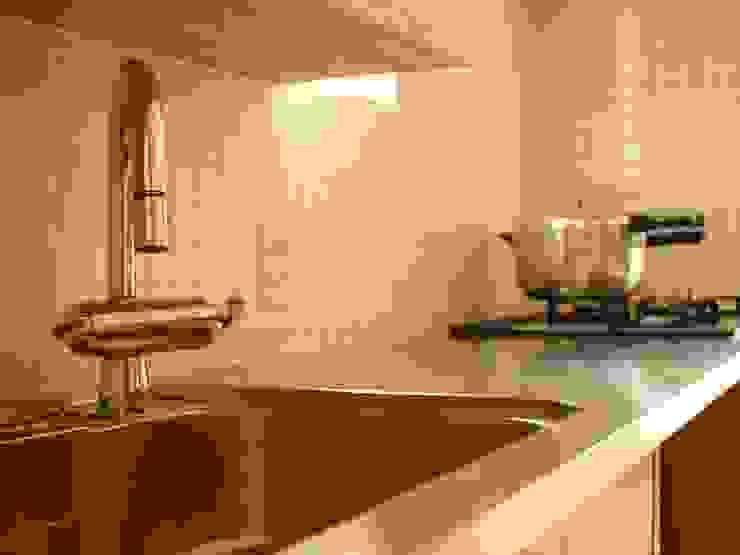 造作キッチン クラシックデザインの キッチン の アトリエdoor一級建築士事務所 クラシック 金属