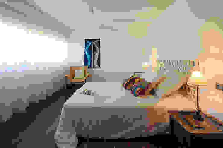 Mediterranean style bedroom by Atelier Ana Leonor Rocha Mediterranean
