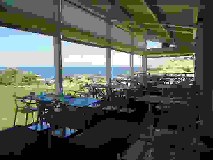 Restaurante Evaristo Espaços de restauração mediterrânicos por Atelier Ana Leonor Rocha Mediterrânico