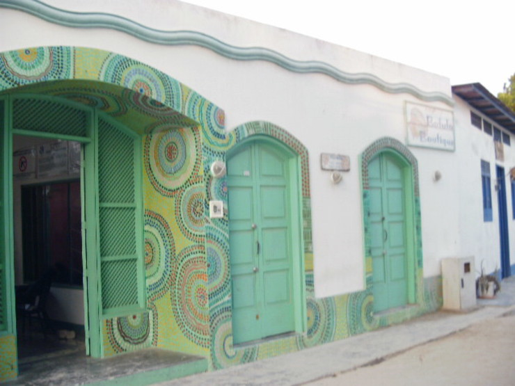 POSADA LAS PALMERAS Casas de estilo mediterráneo de DIBUPROY Mediterráneo
