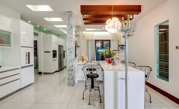 Majestic Contemporary | BUNGALOW Design Spirits Kitchen