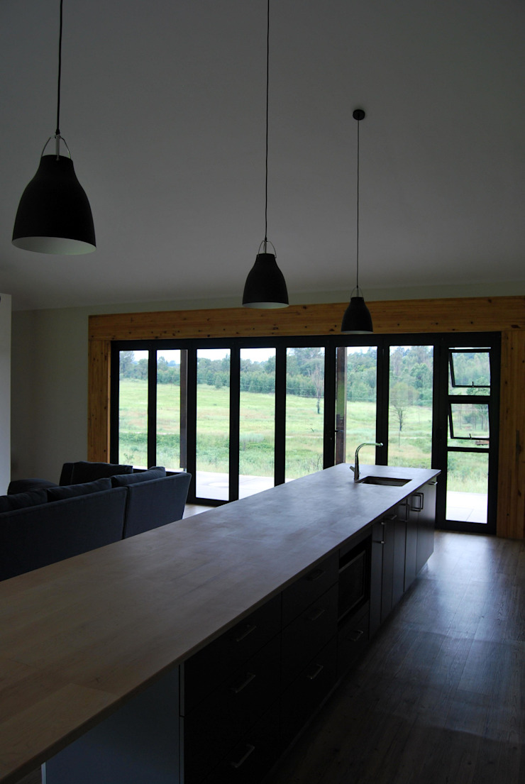 Project : Carrick Modern kitchen by Capital Kitchens cc Modern