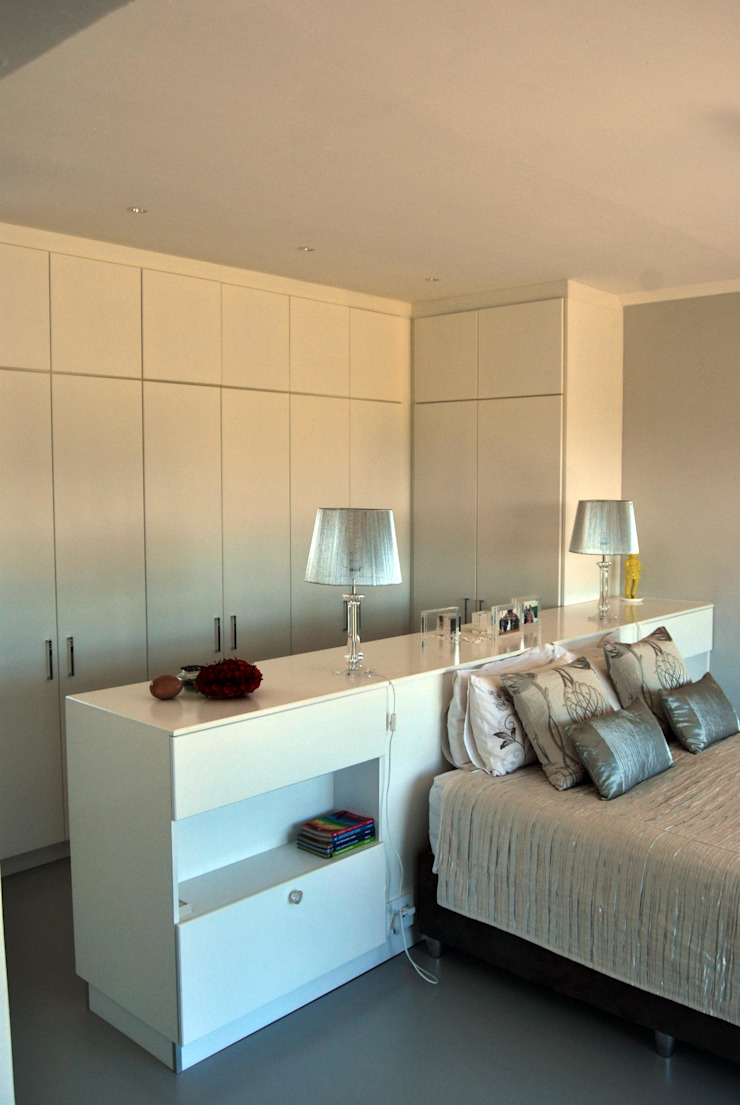 LC Interiors Modern style bedroom by Capital Kitchens cc Modern