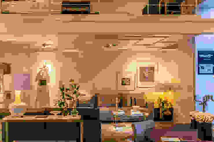 Modern Living Room by Kalaspy Modern