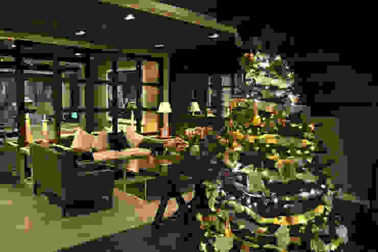Árbol de Navidad hotel 4 estrellas en las ramblas de Barcelona Cor d'estel Paisajismo de interiores