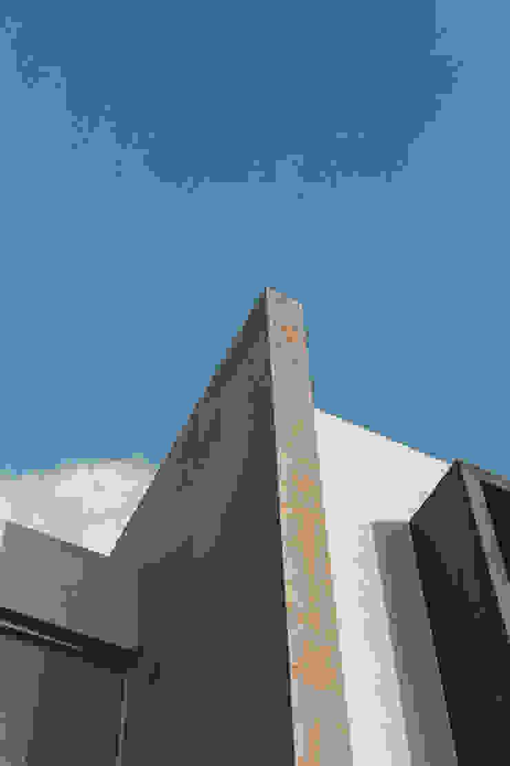 Rioja 103 Casas modernas de 2M Arquitectura Moderno