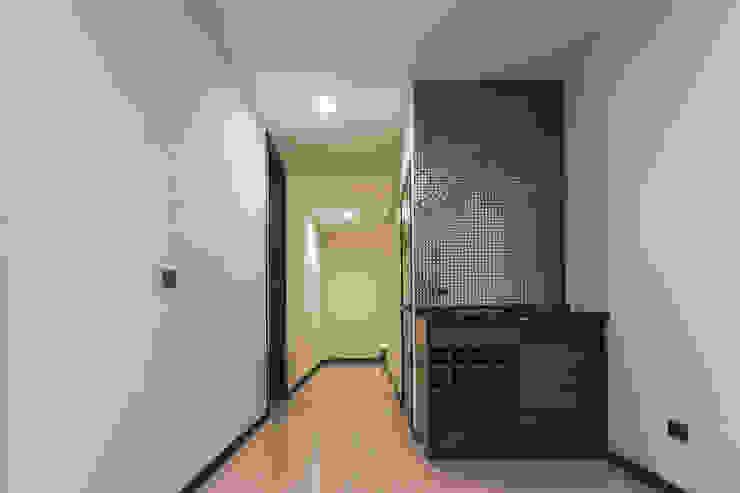 Rioja 103 Bodegas modernas de 2M Arquitectura Moderno
