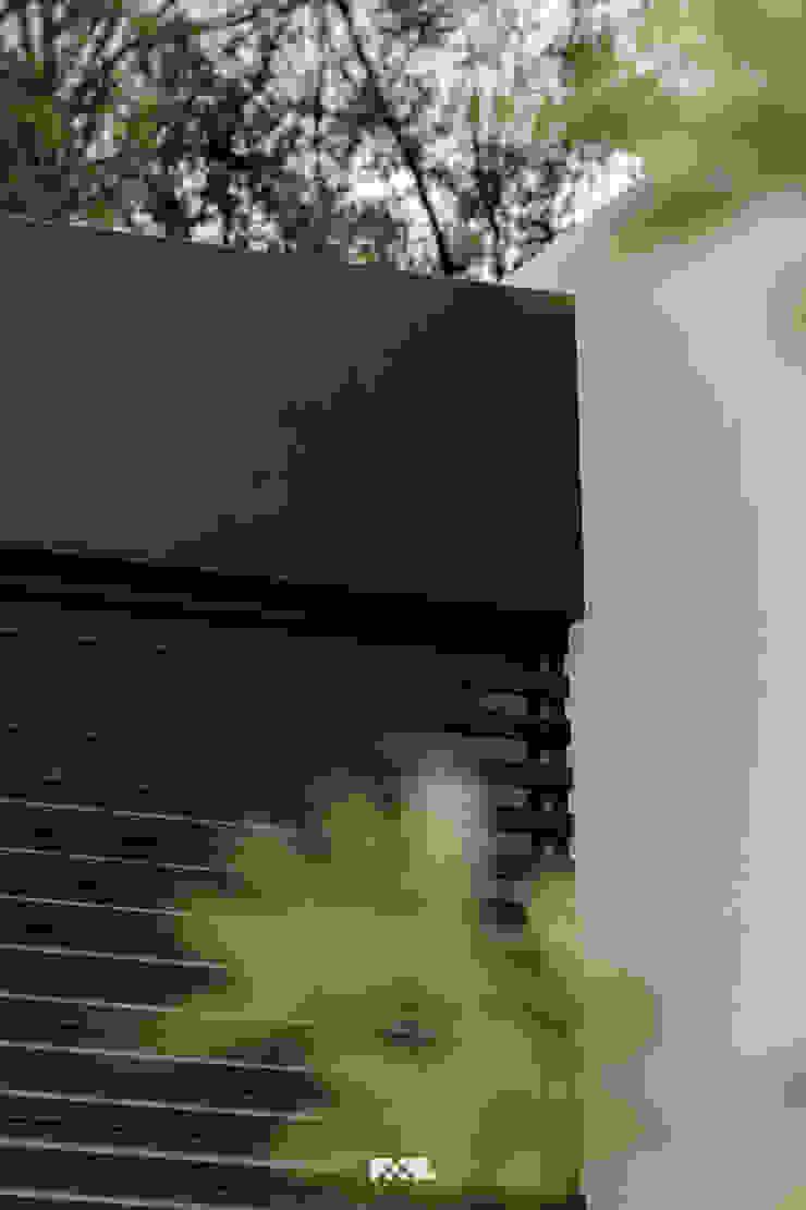 2M Arquitectura Puertas y ventanas modernas