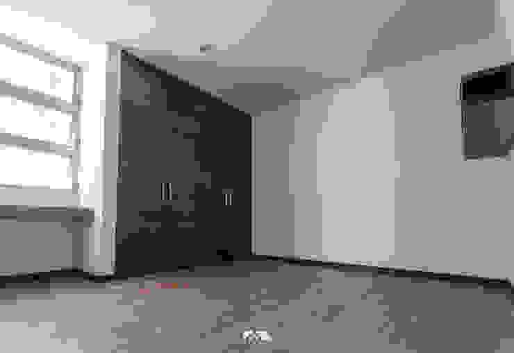 2M Arquitectura Dormitorios de estilo moderno