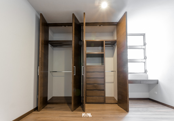 Dressing room by 2M Arquitectura, Modern
