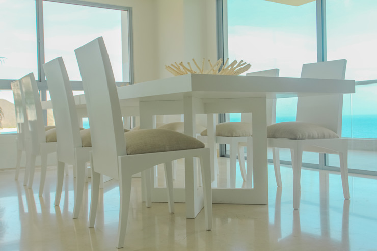 Proyecto comedor Comedores de estilo moderno de Monica Saravia Moderno