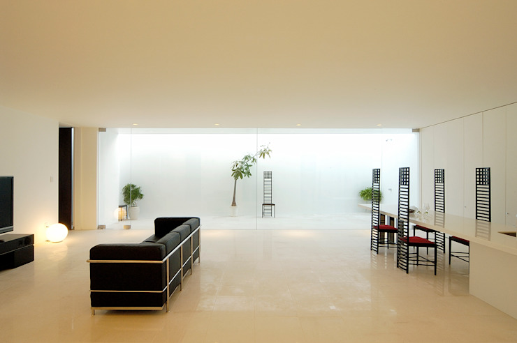 Minimalist living room by 門一級建築士事務所 Minimalist Marble