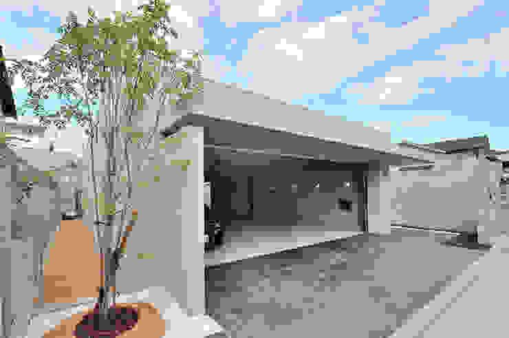 JPホーム株式会社 Garasi Modern Beton Grey