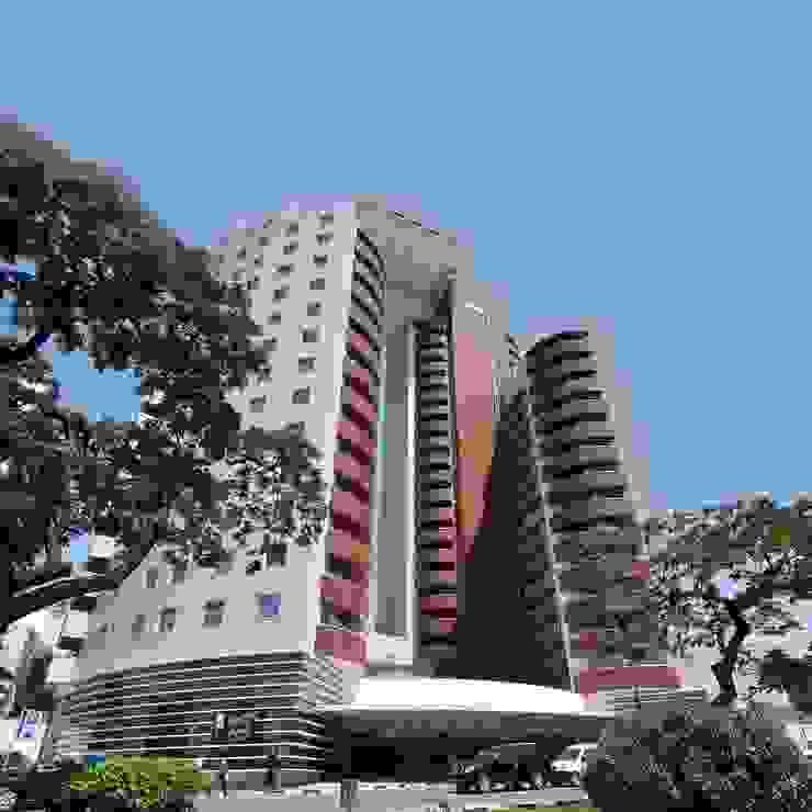 Torre do Carmo - Angola Janelas e portas modernas por BauStahl, Lda Moderno Ferro/Aço