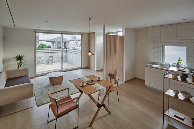Dining room by toki Architect design office, Modern
