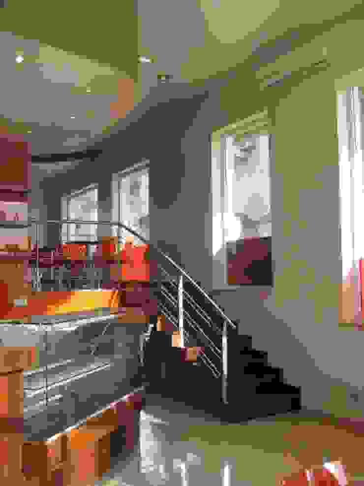 Pastelaria Toscana-Algarve 2008 Espaços de restauração modernos por Atelier Ana Leonor Rocha Moderno