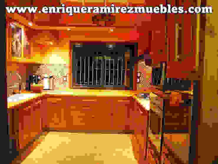 rustic  by Enrique Ramirez Muebles artesanales, Rustic Solid Wood Multicolored