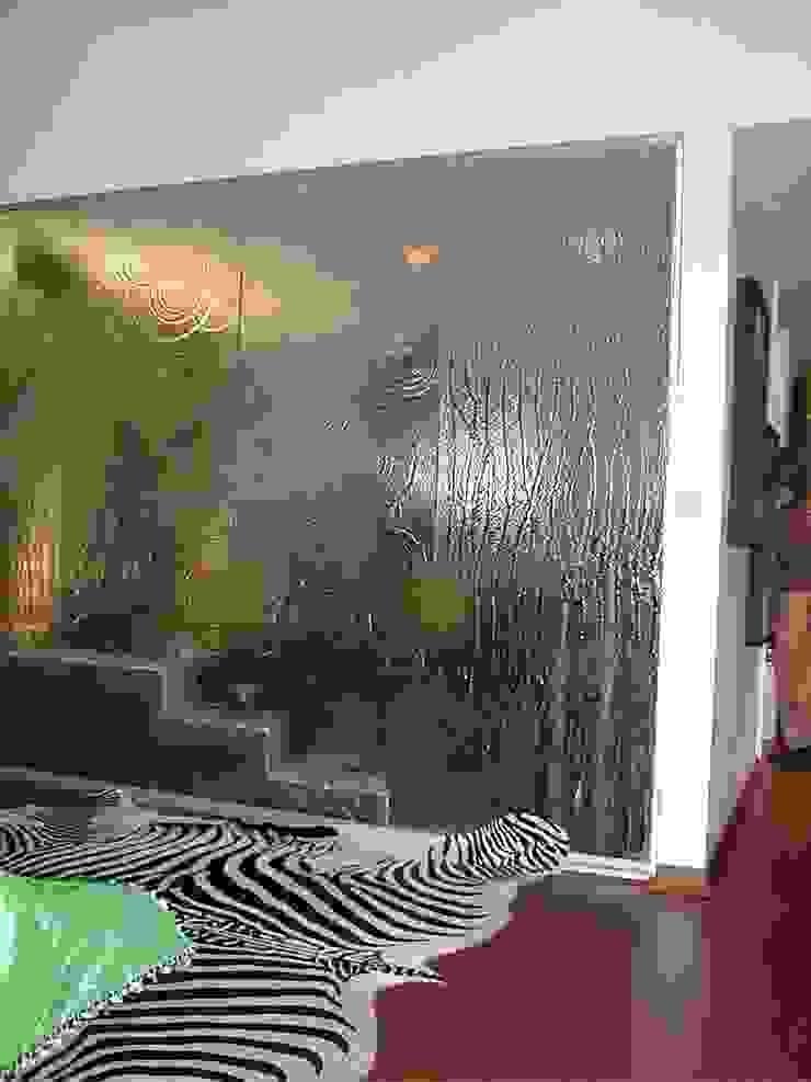 CASA DECOR 2004 -Estoril Sol Quartos ecléticos por Atelier Ana Leonor Rocha Eclético