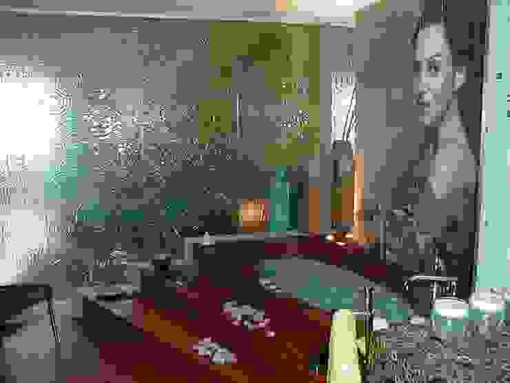 CASA DECOR 2004 -Estoril Sol Casas de banho ecléticas por Atelier Ana Leonor Rocha Eclético