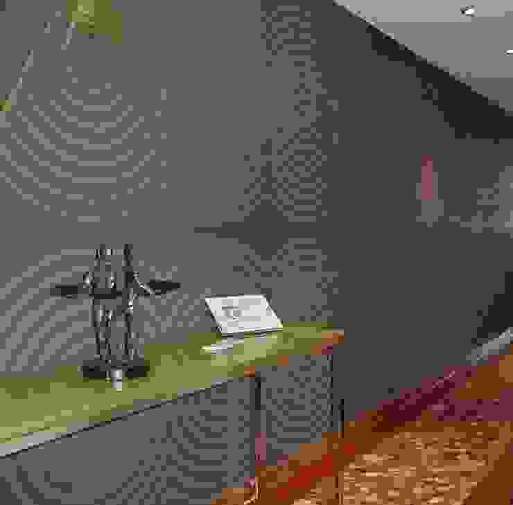 CASA DECOR 2004 -Estoril Sol Corredores, halls e escadas ecléticos por Atelier Ana Leonor Rocha Eclético