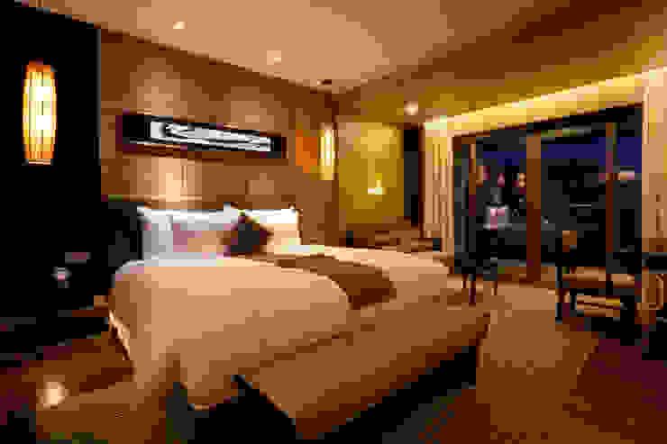 Luxury Hotel Suite Cuartos de estilo moderno de Gracious Luxury Interiors Moderno